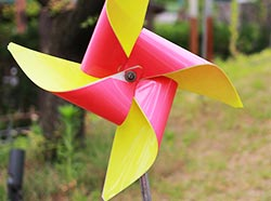 How to Make a Pinwheel Wind Turbine