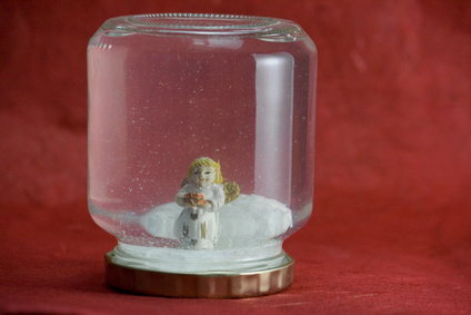 Easy Homemade DIY Snow Globe